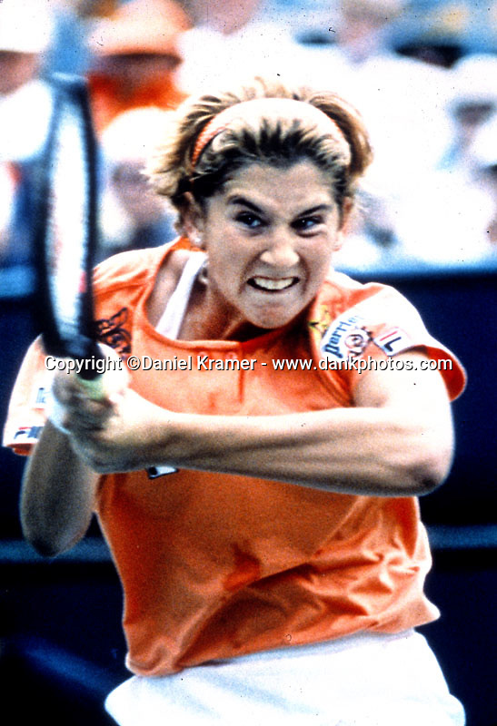 Monica Seles en route to winning the 1992 Indian Wells masters tournament.