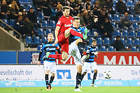 David Abraham (Eintracht Frankfurt) gegen Maurice Deville (FSV Frankfurt)- 10.11.2016: FSV Frankfurt vs. Eintracht Frankfurt, Frankfurter Volksbank Stadion