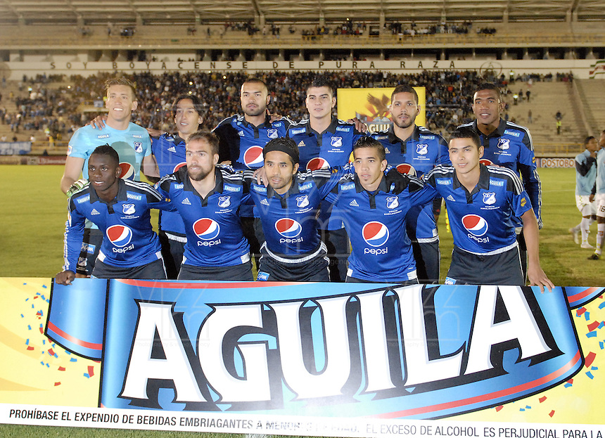 TUNJA -COLOMBIA, 13-09-2015. Jugadores de Millonarios posan para una foto prove al encuentro entre Boyacá Chicó y Millonarios por la fecha 12 Liga Àguila II 2015 jugado en el estadio La Independencia en Tunja. / Players of Millonarios pose toa photo prior the match between Boyaca Chico and Millonarios for the 12th date of Aguila League II 2015 played at La Independencia stadium in Tunja. Photo: VizzorImage / Gabriel Aponte / Staff