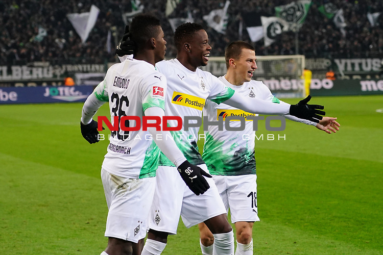 01.12.2019, Borussia Park , Moenchengladbach, GER, 1. FBL,  Borussia Moenchengladbach vs. SC Freiburg,<br />  <br /> DFL regulations prohibit any use of photographs as image sequences and/or quasi-video<br /> <br /> im Bild / picture shows: <br /> Torjubel / Jubel / Jubellauf,    3:1 Denis Zakaria (Gladbach #8), Breel Embolo (Gladbach #36),  Stefan Lainer (Gladbach #18), <br /> <br /> Foto © nordphoto / Meuter