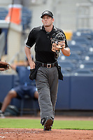 Umpire Ben Sonntag during an Instructional League game between the Minnesota Twins and Tampa Bay Rays on September 16, 2014 at Port Charlotte Sports Complex in Port Charlotte, Florida.  (Mike Janes/Four Seam Images)