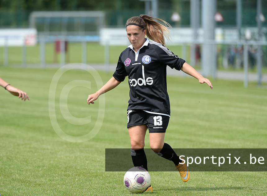 20150801 - WESTKAPELLE , BELGIUM : Gent's Taika De Koker pictured during a friendly soccer match with the women team of AA Gent Ladies , during the preparation for the 2015-2016 SUPERLEAGUE season, Saturday 1 August 2015 . PHOTO DAVID CATRY