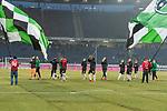 10.02.2018, HDI Arena, Hannover, GER, 1.FBL, Hannover 96 vs SC Freiburg<br /> <br /> im Bild<br /> Mannschaft von Hannover 96 bejubelt Heimsieg gegen SC Freiburg in sicherem Abstand zu Fans, u.a. Philipp Tschauner (Hannover 96 #01), Josip Elez (Hannover 96 #02), Martin Harnik (Hannover 96 #14), Florian H&uuml;bner / Huebner (Hannover 96 #19), Iver Fossum (Hannover 96 #18), Salif San&eacute; (Hannover 96 #20), Felix Klaus (Hannover 96 #11), <br /> <br /> Foto &copy; nordphoto / Ewert