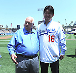 (L-R) Tommy Lasorda, Hideo Nomo, AUGUST 10, 2013 - MLB : Former Los Angeles Dodgers starting pitcher Hideo Nomo poses with Tommy Lasorda before the start of the Major League Baseball game between the Tampa Bay Rays and the Los Angeles Dodgers at Dodger Stadium in Los Angeles, California, United States. (Photo by AFLO)