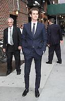 June 26, 2012 Andrew Garfield at Late Show with David Letterman in New York City. © RW/MediaPunch Inc. *NORTEPHOTO*<br />  **SOLO*VENTA*EN*MEXICO** **CREDITO*OBLIGATORIO** *No*Venta*A*Terceros* *No*Sale*So*third* *** No Se Permite Hacer Archivo** *No*Sale*So*third*©Imagenes con derechos de autor,©todos reservados. El uso de las imagenes está sujeta de pago a nortephoto.com El uso no autorizado de esta imagen en cualquier materia está sujeta a una pena de tasa de 2 veces a la normal. Para más información: nortephoto@gmail.com* nortephoto.com.