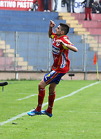 PASTO - COLOMBIA -15-02-2014: Bosco Frontán, jugador de Deportivo Pasto celebra el gol anotado a Universidad Autonoma durante partido Deportivo Pasto  y Universidad Autonoma por la fecha 12 de la Liga Postobon I 2014, jugado en el estadio Libertad de la ciudad de Pasto.  / Bosco Frontán, player of Deportivo Pasto celebrates a goal scored to Universidad Autonoma during a match Deportivo Pasto  and Universidad Autonoma for the date 12 th of the Liga Postobon I 2014 at the Libertad stadium in Pasto city. Photo: VizzorImage  / Leonardo Castro / Str.
