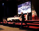 1. FC Kaiserslautern - Jahreshauptversammlung<br /> Patrick BANF geht nach seiner Rede ab<br /> <br /> Foto © PIX-Sportfotos *** Foto ist honorarpflichtig! *** Auf Anfrage in hoeherer Qualitaet/Aufloesung. Belegexemplar erbeten. Veroeffentlichung ausschliesslich fuer journalistisch-publizistische Zwecke. For editorial use only. DFL regulations prohibit any use of photographs as image sequences and/or quasi-video.