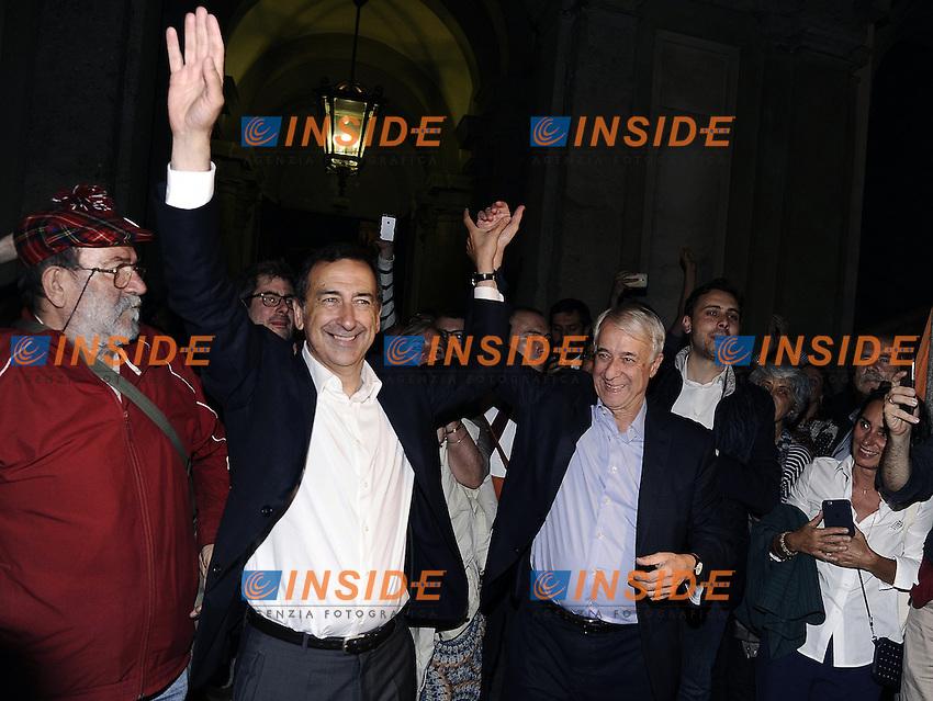 Giuseppe Sala e Giuliano Pisapia<br /> Milano 19-06-2016 Elezioni comunali 2016 ballottaggio.  Festeggiamenti a Palazzo Marino<br /> foto Daniele Buffa/Image/Insidefoto