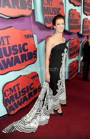 NASHVILLE, TN - JUNE 4: Kate Walsh arrives at the 2014 CMT Music Awards at the Bridgestone Arena on June 4, 2014 in Nashville, Tennessee.MPIMicelotta/MediaPunch