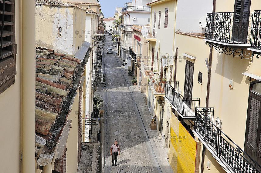 Partinico's alley.<br /> Vicolo di Partinico