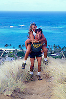Couple hiking the lanikai ridge trail on Oahu