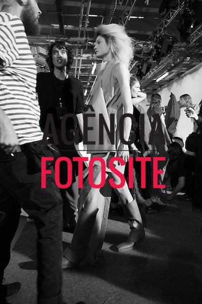 Rick Owens<br /> <br /> PARIS - Verao 2017<br /> <br /> Setembro / Outubro 2016<br /> <br /> foto: FOTOSITE