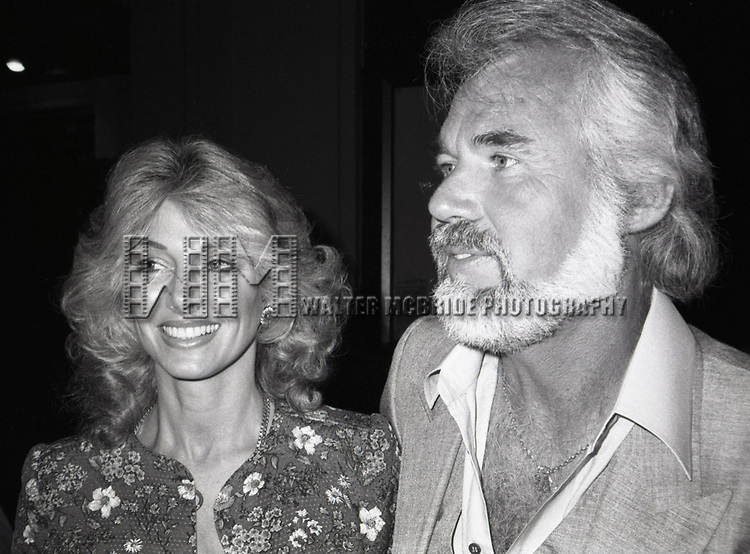 Kenny Rogers and Marianne Rogers attend a Broadway Show on July 1, 1982 in New York City