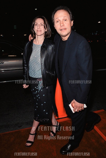 """13OCT99:  Actor BILLY CRYSTAL & wife at the Los Angeles premiere of """"The Story of Us"""" which stars Bruce Willis & Michelle Pfeiffer..© Paul Smith / Featureflash"""
