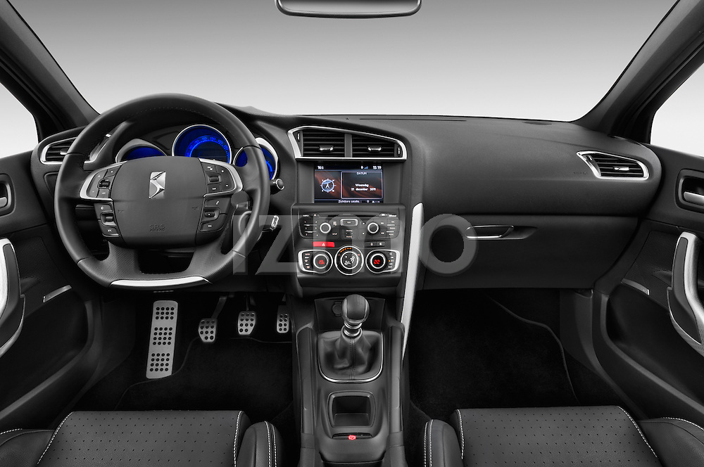 Straight dashboard view of a 2013 Citroen DS4 Sport Chic 5 Door Hatchback 2WD