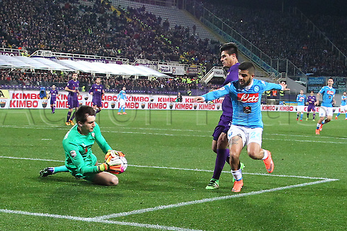 29.02.2016. Stadium Artemio Franchi, Florence, Italy.  Serie A football league. Fiorentina versus Napoli. Insigne breaks into the penalty area but has his effort saved by goalkeeper Tatarusanu