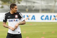 SAO PAULO, SP 24 JUNHO 2013 - TREINO CORINTHIANS - O jogador do Corinthians Paolo Guerrero, treinou na manhã de hoje, 24, no Ct. Dr. Joaquim Grava, na zona leste de São Paulo. FOTO: PAULO FISCHER/BRAZIL PHOTO PRESS