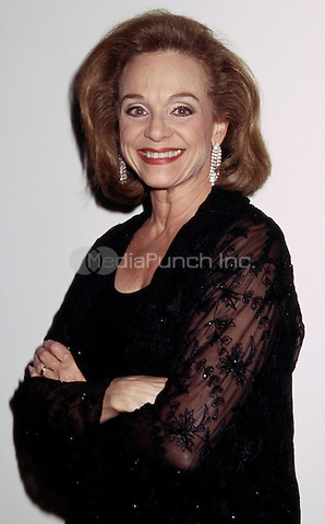 2002 New York NY Valerie Harper pictured in NYC marzullo/MediaPunch