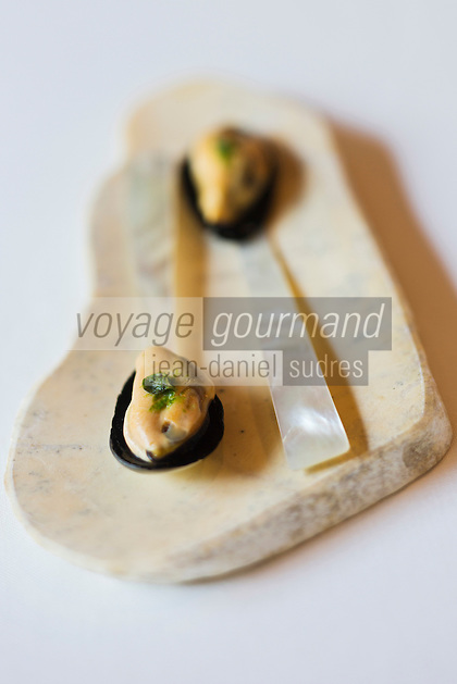 Europe/Espagne/Catalogne/Catalogne/Gérone: Mini moules marinières recette des frères Roca, Le Celler de Can Roca - - Restaurant: El Celler de Can Roca à la deuxième place de la liste The World's 50 Best Restaurants