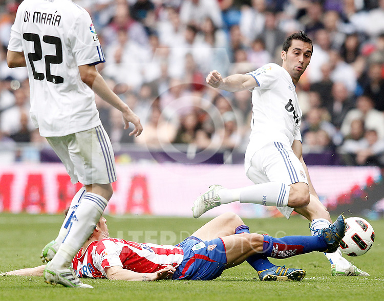 Real Madrid's Alvaro Arbeloa during La Liga Match. April 02, 2011. (ALTERPHOTOS/Alvaro Hernandez)