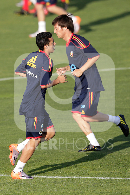 MADRID (24/05/09).- The Spanish Soccer national team has officially begun their hunt for the championship, arriving in the Madrid municipality of Las Rozas to begin preparing for South Africa World Cup.  Pedro Rodriguez and David Silva...PHOTO: Cesar Cebolla / ALFAQUI