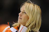 SCHAATSEN: HEERENVEEN: Thialf, World Cup, 03-12-11, coach Marianne Timmer NED, ©foto: Martin de Jong
