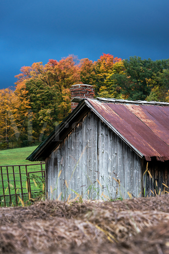 Rustic farm shed, Vermont, USA