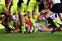 Joe Marler of Harlequins scores a try in the first half. Aviva Premiership match, between Harlequins and Sale Sharks on October 6, 2017 at the Twickenham Stoop in London, England. Photo by: Patrick Khachfe / JMP