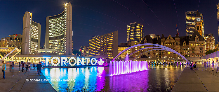 60912-00303 Nathan Phillips Square at night Toronto, Ontario Canada