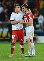Fussball International  WM Qualifikation 2014   12.10.2012 Schweiz - Norwegen TRIKOTTAUSCH; Granit Xhaka (li, Schweiz) und Havard Nordtveit (Norwegen)