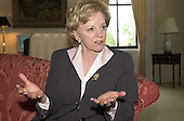 Lynne Cheney, wife of United States Vice President Dick Cheney and Former Chairman, National Endowment for the Humanities, is interviewed in Washington, DC on May 8, 2001. <br /> Credit:  Ron Sachs / CNP<br /> (RESTRICTION: NO New York or New Jersey Newspapers or newspapers within a 75 mile radius of New York City)