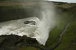la grande cataracte de Gullfoss  ou Chutes d or. Islande