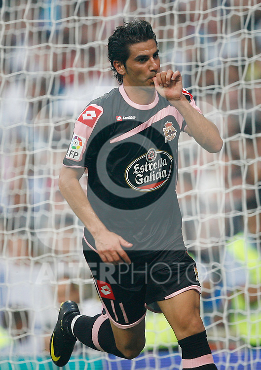 Deportivo de La Coruna's Riki celebrates goal during La Liga match.August 29 2009. (ALTERPHOTOS/Acero).
