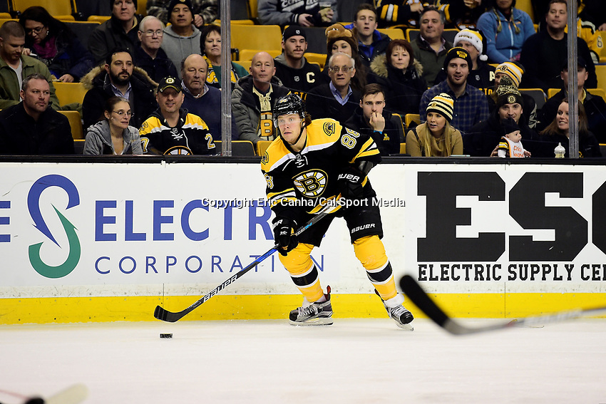 Thursday, December 15, 2016: Boston Bruins right wing David Pastrnak (88) in game action during the National Hockey League game between the Anaheim Ducks and the Boston Bruins held at TD Garden, in Boston, Mass. The Ducks beat the Bruins 4-3 in regulation time. Eric Canha/CSM