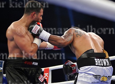 June 17-17,RITTAL ARENA, WETZLAR,GER<br /> Burak Sahin (Berlin) vs. Jone Volau (UK) - 6 Rounds, Heavyweight