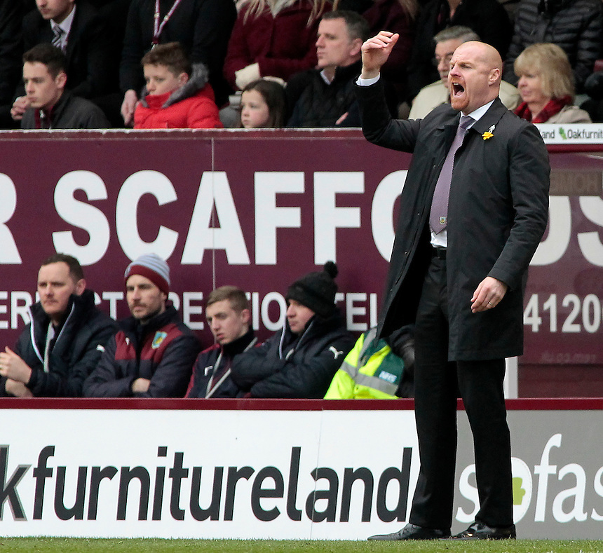 Burnley manager Sean Dyche  shouts instructions to his team from the dug-out<br /> <br /> Photographer David Shipman/CameraSport<br /> <br /> Football - The Football League Sky Bet Championship - Burnley v Wolverhampton Wanderers - Saturday 19th March 2016 - Turf Moor - Burnley<br /> <br /> &copy; CameraSport - 43 Linden Ave. Countesthorpe. Leicester. England. LE8 5PG - Tel: +44 (0) 116 277 4147 - admin@camerasport.com - www.camerasport.com