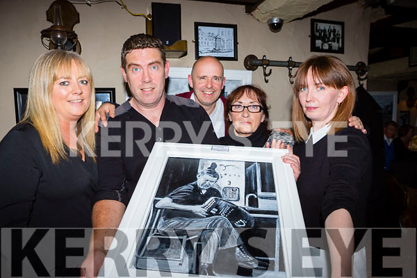 Castleisland artist Kevin Barry with his family at his art exhibition the Padraig O'Keeffe festival in Brownes bar Castleisland on Saturday night l-r: Catriona browne, Kevin Barry, Dan Browne, Sheila and Michelle Brosnan