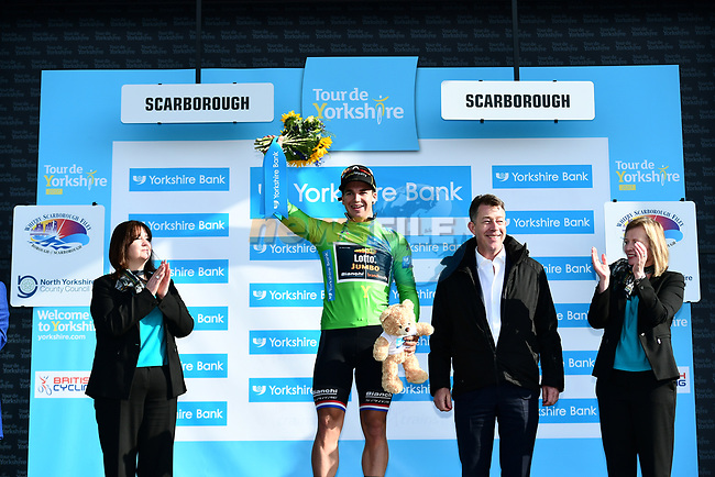 Dutch National Champion Dylan Groenewegen (NED) Lotto NL-Jumbo wins Stage 1 and the race points green jersey of the Tour de Yorkshire 2017 running 174km from Bridlington to Scarborough, England. 28th April 2017. <br /> Picture: ASO/A.Broadway | Cyclefile<br /> <br /> <br /> All photos usage must carry mandatory copyright credit (&copy; Cyclefile | ASO/A.Broadway)