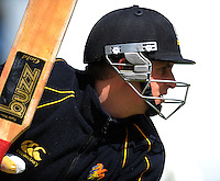 Michael Papps in action during the Wellington Firebirds training session at Hawkins Basin Reserve, Wellington, New Zealand on Tuesday, 2 October 2012. Photo: Dave Lintott / lintottphoto.co.nz