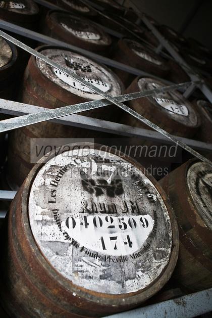 France/DOM/Martinique/ Macouba: Distillerie JM de l'Habitation Crassous de Médeuil à Fonds-Préville- les chais à barrique Rhum JM