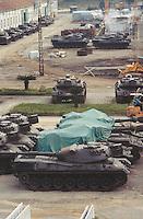 - factory of armaments OTO Melara in La Spezia, Leopard tanks<br /> <br /> - fabbrica di armamenti OTO Melara a La Spezia, carri armati Leopard