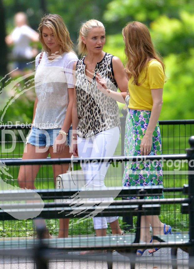 NEW YORK 062713<br /> ************WORLDWIDE RIGHTS **********<br /> PICTURES BY:  EAGLEPRESS<br /> PLEASE CREDIT ALL USES<br /> ----------------------------------<br /> CAMERON DIAZ, KATE UPTON, LESLIE MANN HAVING FUN WHILE FILMINGIN CENTRAL PARK: THE OTHER WOMAN <br /> ----------------------------------<br /> CONTACT:<br /> +1 917 7100494<br /> photos@eaglepress.us