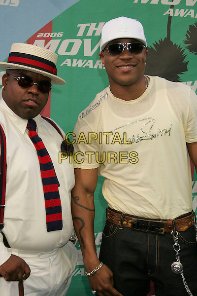 GNARLES BARKLEY & L.L. COOL J.The 2006 MTV Movie Awards - Arrivals, .Culver City, Los Angeles, California, .USA, 3 June 2006..Half length hat red and navy blue stripes striped tie white shirt trousers cane stick.Ref: ADM/RE.www.capitalpictures.com.sales@capitalpictures.com.©Russ Elliot/AdMedia/Capital Pictures.
