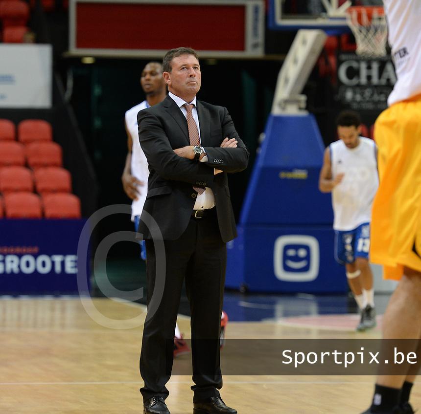 BC Oostende : Jan Bourgois <br /> Foto VDB / Bart Vandenbroucke
