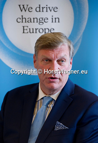 "Brussels-Belgium - May 23, 2017 -- Dr Theodore Roosevelt ""Ted"" Malloch, an American academic, consultant and television producer, candidate to be nominated by the US-administration as its ambassador to the European Union, during a speech and discussion organised by Open Europe -- Photo: © HorstWagner.eu"