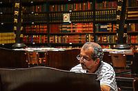 ATENCAO EDITOR: FOTO EMBARGADA PARA VEICULOS INTERNACIONAIS. - RIO DE JANEIRO, RJ, 06 DE SETEMBRO 2012 - REAL GABINETE PORTUGUES DE LEITURA - Real gabinete Portugues de Leitura no centro do Rio de Janeiro.(FOTO: MARCELO FONSECA / BRAZIL PHOTO PRESS).