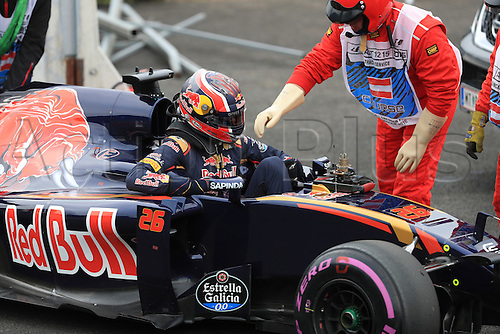 03.07.2016. Red Bull Circuit, Spielberg, Austria. F1 Grand pix of Austria. Race Day.  Scuderia Toro Rosso STR11 – Daniil Kvyat retires at Turn 1 on lap 1