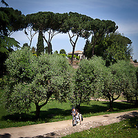 Turisti sul Palatino<br /> Tourists on Palatino