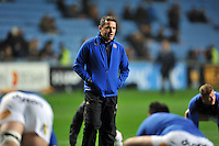 Bath Rugby Head Coach Mike Ford speaks to his players during the pre-match warm-up. European Rugby Champions Cup match, between Wasps and Bath Rugby on December 13, 2015 at the Ricoh Arena in Coventry, England. Photo by: Patrick Khachfe / Onside Images
