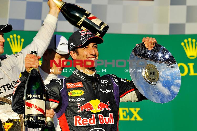Podium - Daniel Ricciardo (AUS)  Red Bull Racing<br />  Foto &copy; nph / Mathis